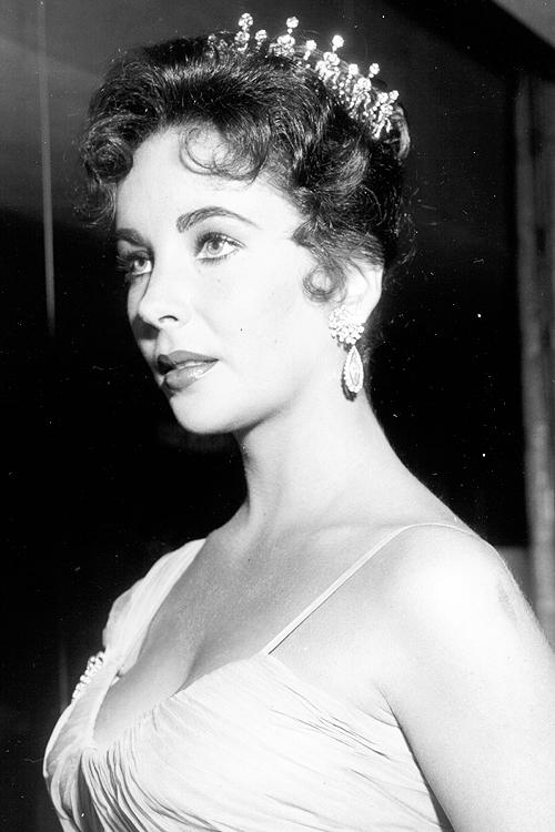 Elizabeth Taylor 1956 1932 - 2011