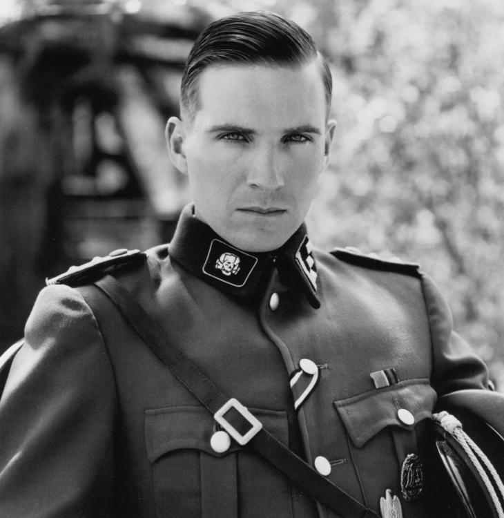 NOMINEE 1993  Best Supporting Actor  RALPH FIENNES Born: 1962 SCHINDLER'S LIST