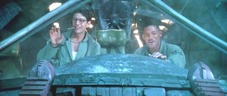 JEFF GOLDBLUM (LEFT) BORN: 1952 WILL SMITH (RIGHT) BORN: 1968