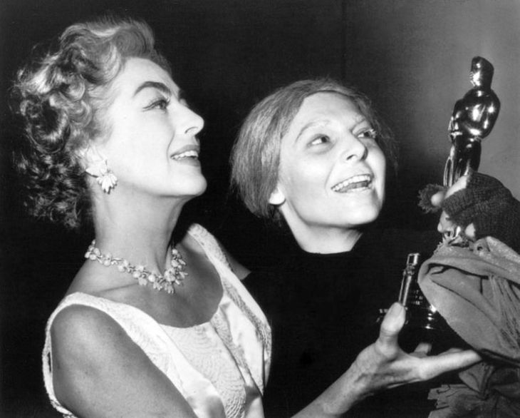 JOAN CRAWFORD & ANNE BANCROFT BACKSTAGE IN NEW YORK CITY 1963