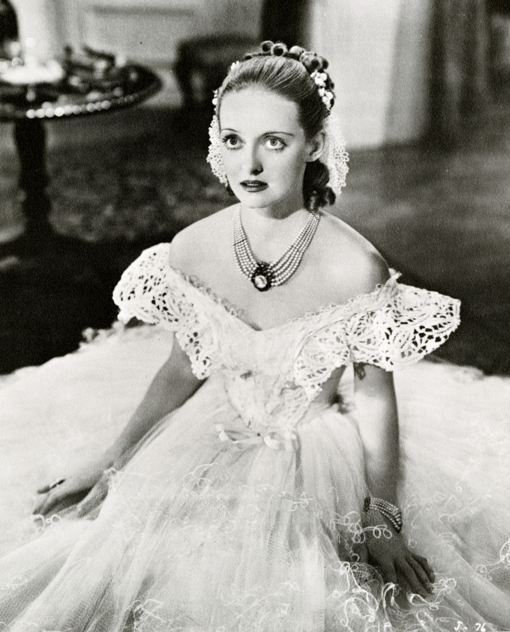WINNER BEST ACTRESS 1938 BETTE DAVIS 1908 - 1989 JEZEBEL